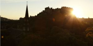 edinburgh-castle-dusk
