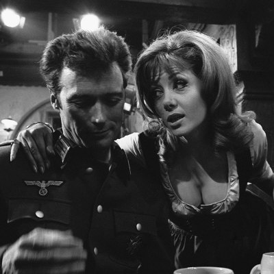 Clint-Eastwood-Ingrid-Pitt