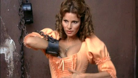 61163_Raquel_Welch_0_The_Four_Musketeers_16_122_34